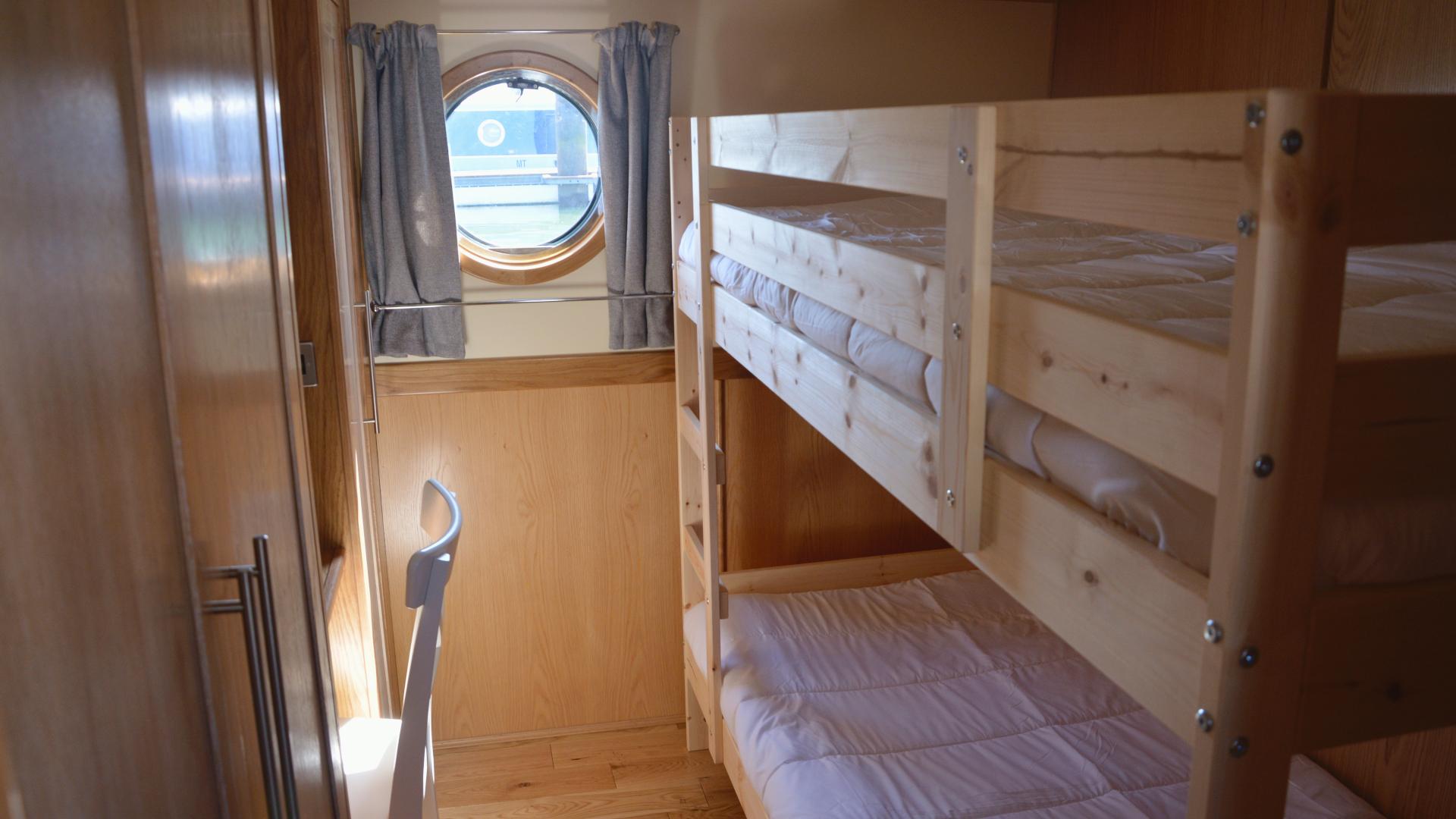 Widebeam - quarto com beliche